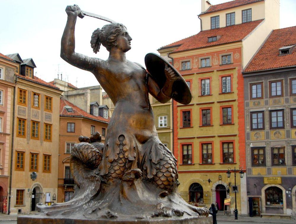 Бронзовая Сирена — символ Варшавы