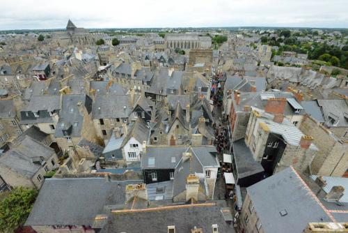 Динан, средневековый город в Бретани 24