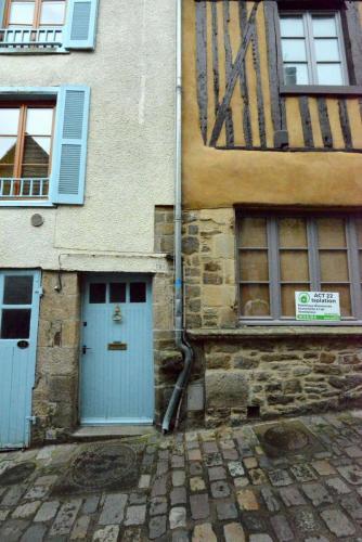 Динан, средневековый город в Бретани 9