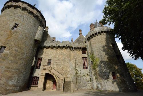 замок Комбур 11